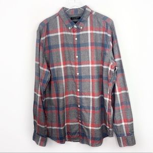 Banana Republic Luxe Flannel Grant Fit Button Down